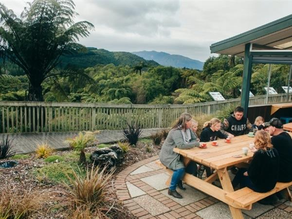 Where to Eat - Family Guide to Rotorua Waikite Valley Thermal Pools
