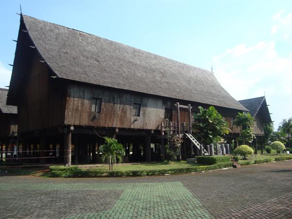 Betang Traditional House Swiss-Belhotel Danum Palangkaraya