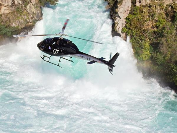 Taupo <i>flying to/from</i> Nelson - Awaroa Lodge InFlite Charters Transfers