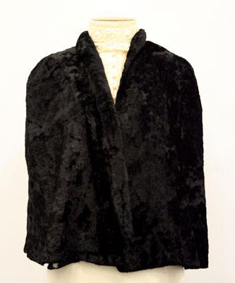 Black Velvet Cape HC175