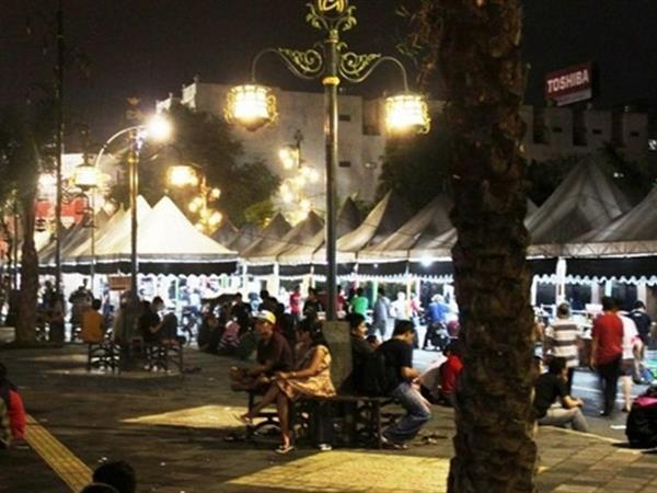 Ngarsopuro Night Market Swiss-Belinn Saripetojo