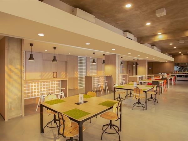 E-Café Swiss-Belexpress Cilegon