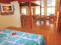 Grand Beachfront Suite The Rarotongan Beach Resort & Lagoonarium