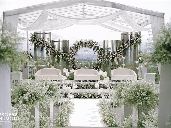 """""""New Normal"""" Wedding Ceremony Swiss-Belresort Dago Heritage"""