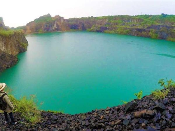 Lake Quarry Swiss-Belinn Bogor