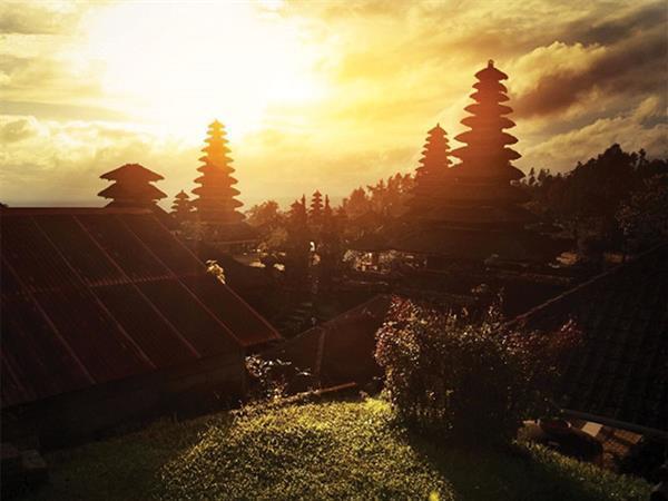 Nyepi Package 2021 Zest Legian, Bali