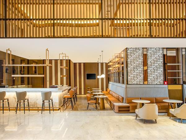 Lobby Lounge Swiss-Belhotel Solo