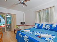 Studio Beachfront Apartment Moana Sands Beachfront Villas & Apartments