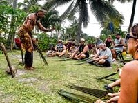 Umu & Fireshow (With Cultural Activities) Tumutoa Tours