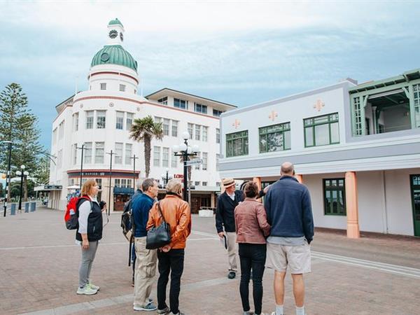 Art Deco Guided Walking Tour Swiss-Belboutique Napier