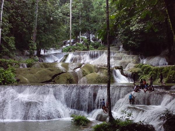 Moramo Waterfall Swiss-Belhotel Kendari
