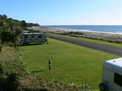 Beach Front Powered Sites Oakura Beach Holiday Park