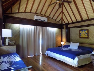 ビーチバンガロー ホテルマイタイポリネシアボラボラ