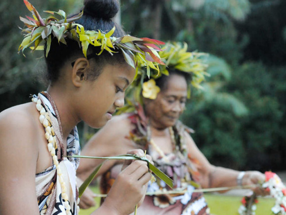 ico-flower Arts & Culture