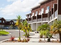 Two Bedroom Apartment with Sleep Out