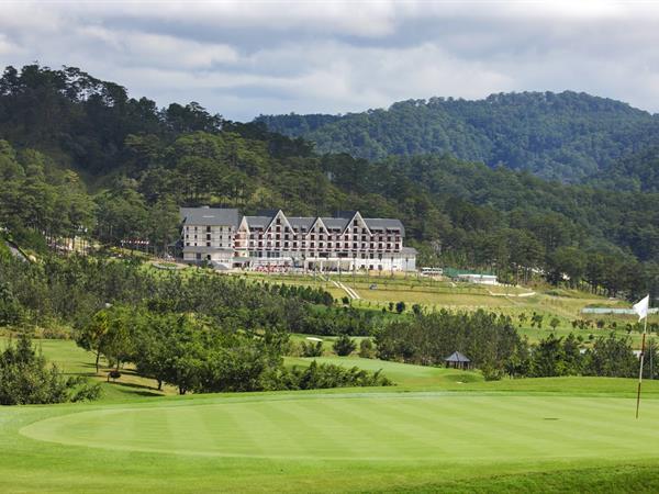 Sacom Tuyen Lam Golf Club Swiss-Belresort Tuyen Lam
