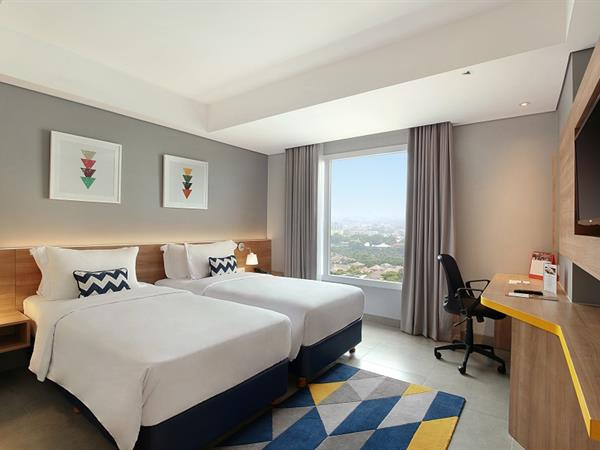 Deluxe Rooms Swiss-Belinn Simatupang