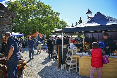 Cromwell Farmers' & Craft Market