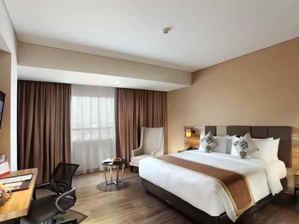 Deluxe Room Swiss-Belinn Karawang