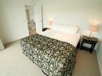 Standard 1 Bedroom - Limited/No View Distinction Wellington Century City Hotel