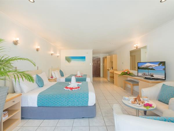 Premier Garden Room Muri Beach Club Hotel