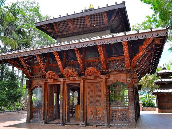Nepalese Pagoda Swiss-Belhotel Brisbane, South Brisbane