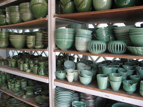Gudang Keramik Swiss-Belresort Watu Jimbar