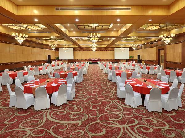Maleosan Ballroom Swiss-Belhotel Maleosan Manado