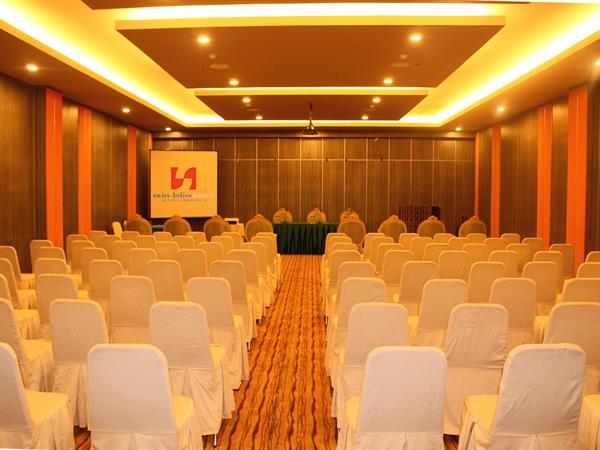 Ruang Pertemuan Swiss-Belinn Kristal Kupang