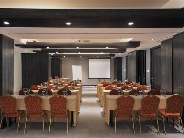 Ruang Pertemuan Swiss-Belinn Medan