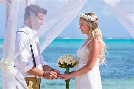 I DO  All Inclusive Wedding package for 30 $6999 Muri Beach Club Hotel