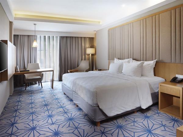 Superior Deluxe Room Swiss-Belhotel Pondok Indah