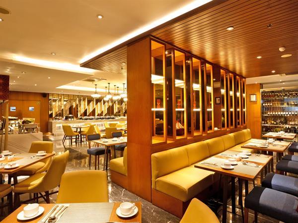 Swiss-Café Restaurant Swiss-Belhotel Pondok Indah