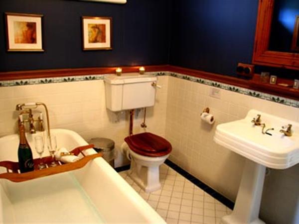 Principle Master Suite Charlemagne Lodge