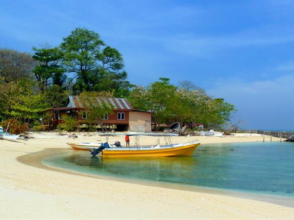 Samalona Island Swiss-Belhotel Makassar