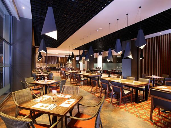Swiss-Cafe Restaurant Swiss-Belhotel Cirebon