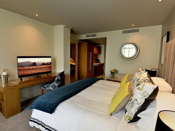 Family Suite Distinction Dunedin Hotel
