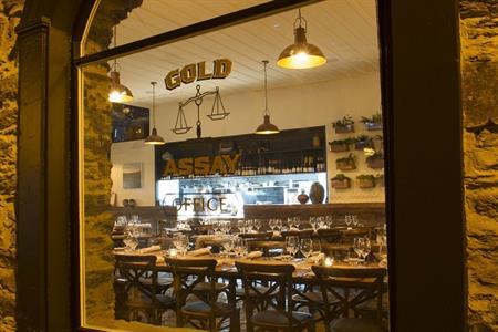 Olivers Restaurant & Bar