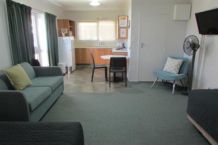 Self Contained Family Unit 2 Cosy Corner Holiday Park