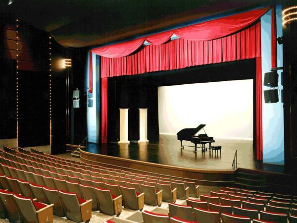 Centrepoint Theatre, Palmerston North Distinction Palmerston North Hotel & Conference Centre