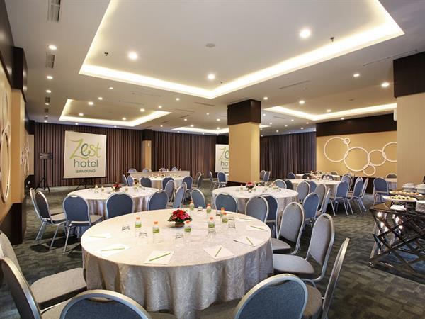 Ruang Pertemuan Zest Sukajadi Bandung