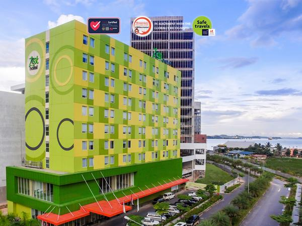 Zest Harbour Bay Batam