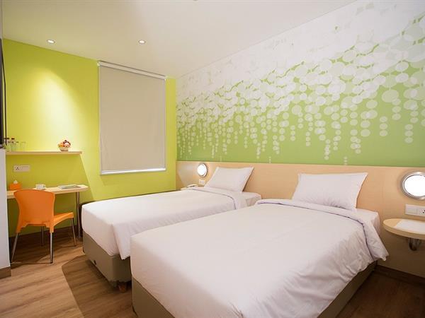 Kamar Zest Twin Zest Hotel Jemursari