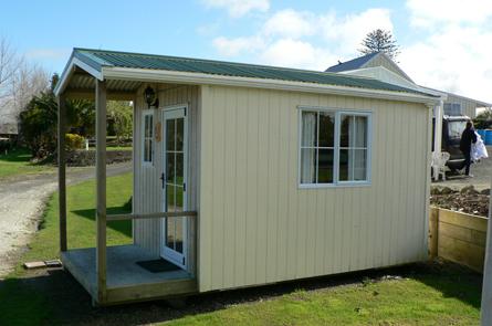 Standard Cabins Matakohe Holiday Park