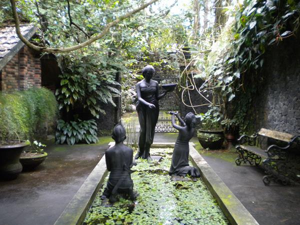 Ullen Sentalu Museum Zest Hotel Yogyakarta