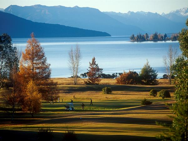 Golf in Te Anau