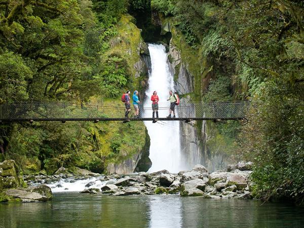 Walks & Hiking in Te Anau & Fiordland Distinction Luxmore Hotel Lake Te Anau