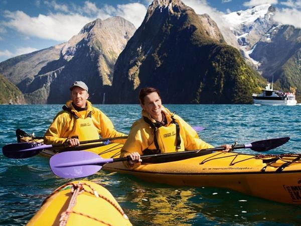 Kayaking in Fiordland Distinction Luxmore Hotel Lake Te Anau