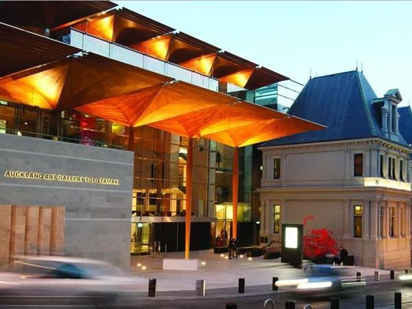 Auckland Art Gallery Toi o Tämaki Swiss-Belsuites Victoria Park, Auckland, New Zealand