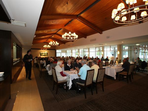MacKinnon Restaurant Distinction Te Anau Hotel & Villas